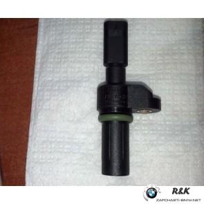 13627803093 :: Датчик распредвала BMW N47 N57