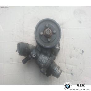 Воданая помпа на BMW X5 seria E53 M62/11511712552