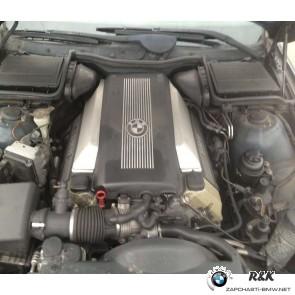 Двигатель M62B35