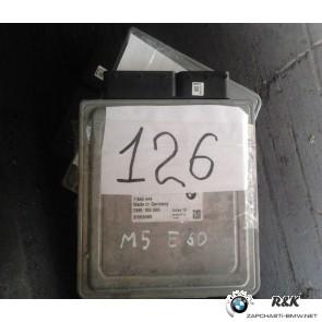 Блок управления DME на BMW 5 seria  Е60-61-63-64 М5 /12147842121