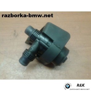 Дополнительная водяная помпа на BMW X5 seria E53/64116907811